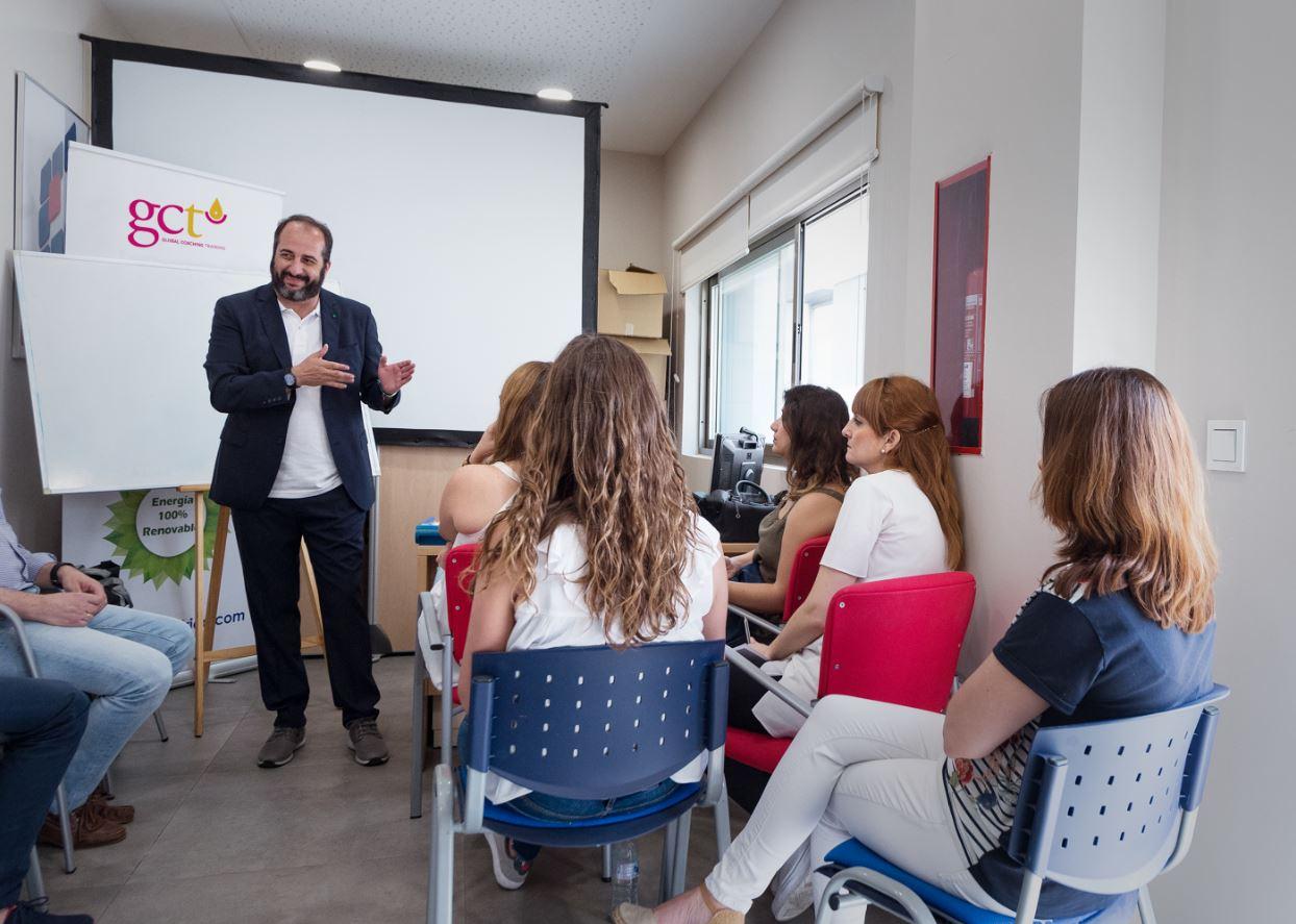 taller de atencion al cliente unielectrica 3